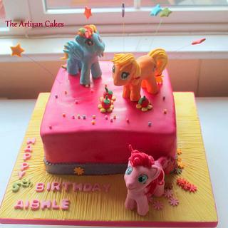 my little pony  - Cake by Jocelyn Ryan