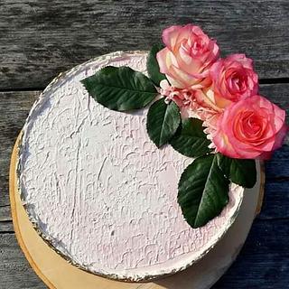 Rosie drippy cake