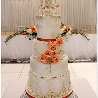 Autumn carousel wedding cake