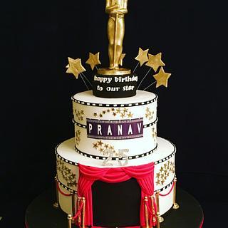 Oscar theme - Cake by The Hot Pink Cake Studio by Ipshita