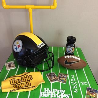 Pittsburgh Steelers football cake