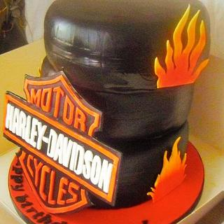 Harley Davidson - Cake by Jacqui's Cupcakes & Cakes