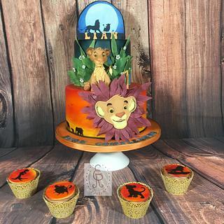 """Lion King Cake """"simba"""""""
