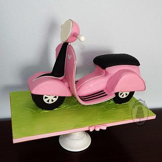 Vespa scooter - Cake by Olga