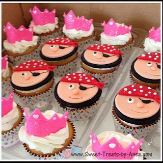 Princess and Pirates theme bday cupcakes