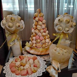 Gold and blush pink candy table - Cake by Passant87