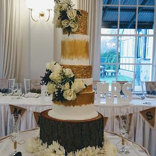 Gold Sequins Wedding Cake