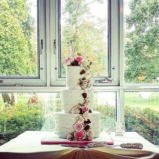 Wedding cake at Niagara on the Lake