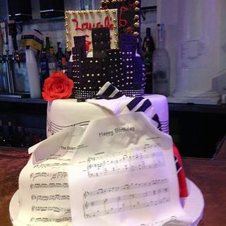 The Entertainer- Sweet Sixteen - Cake by Maureen