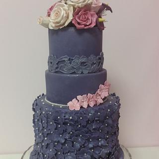 Sugar flowers  - Cake by Birgit