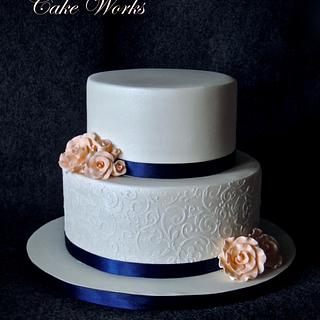 Elegant stenciled wedding cake