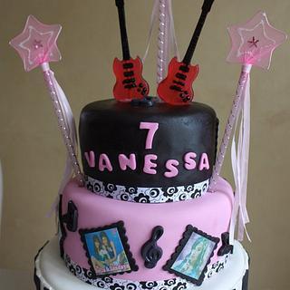 Music Themed Diva Cake