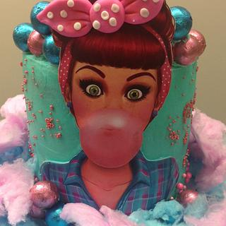PIN-UP GIRL BUBBLE GUM CAKE