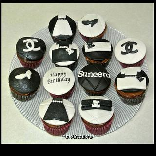 Chanel Cupcakes - Cake by FiasCreations