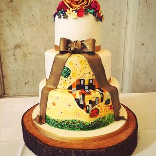 Klimt 'The Kiss' wedding cake