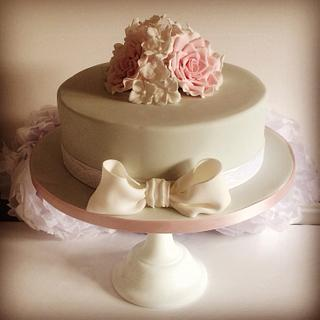 Roses and bow cake - Cake by The Ivory Owl Cake Company
