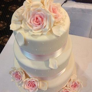 My Peggy Porschen wedding cake