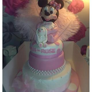 Another baby minnie mouse cake :)