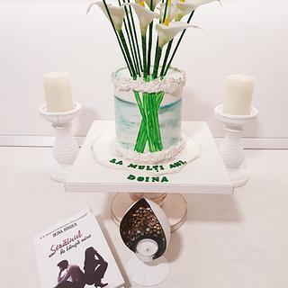 Sugar flovers vase. - Cake by Torturi Mary