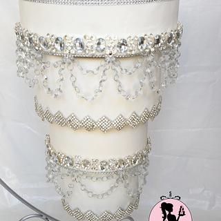 Crystal Chandelier Wedding Cake - Cake by Shantal
