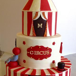Circus vintage birthday cake