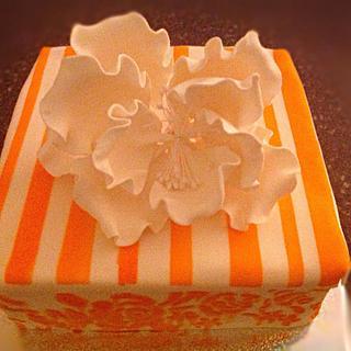 Girly orange cake - Cake by Alberto and Gigi's cakes