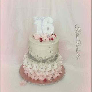 Sweet 16 - Cake by Karen Dodenbier