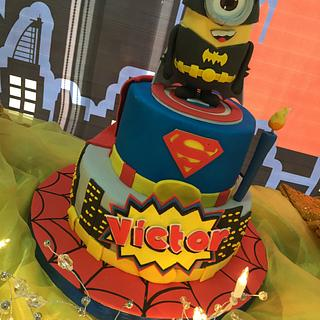 Minion Superhéroes Cake