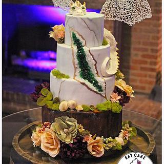 Dragon geode wedding cake