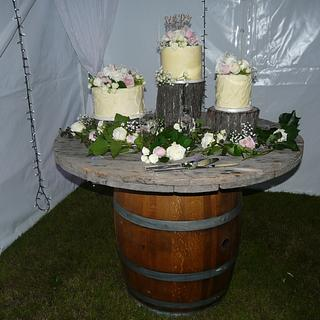 Romantic Vintage Country wedding.