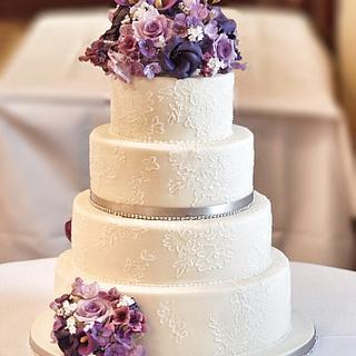 Vintage floral lace  - Cake by Rebecca Grace