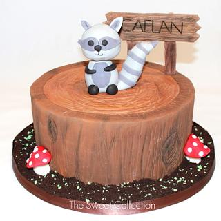Woodland Raccoon Cake