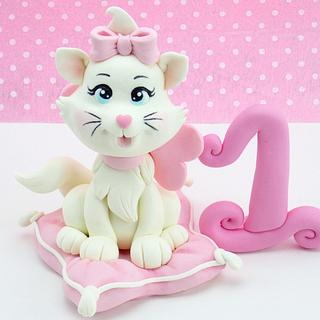 Marie from Aristocats cake topper