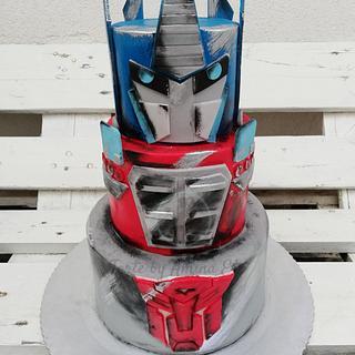 Transformers Optimus Prime cake - Cake by Torte by Amina Eco
