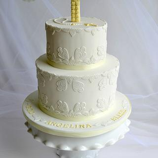 Jacobean Style Floral Applique Communion Cake