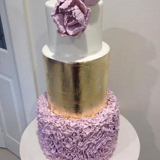 Gold and ruffle wedding cake  - Cake by Sugarlace Cakes