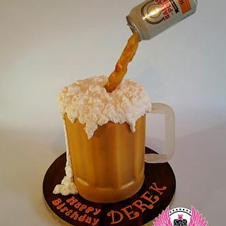 Gravity-defying Beer Mug Cake