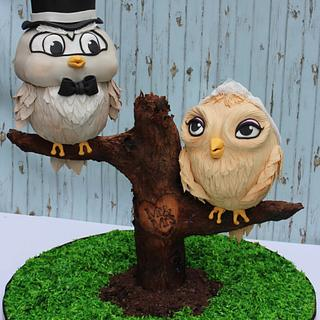 This Wedding Cake Is A Hoot!!!