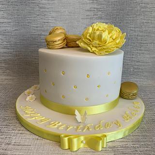 Helen's Sunny yellow Cake