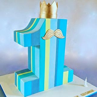 Number 1 shaped cake