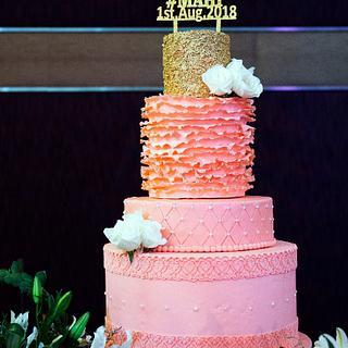 Peach & Gold Wedding Cake