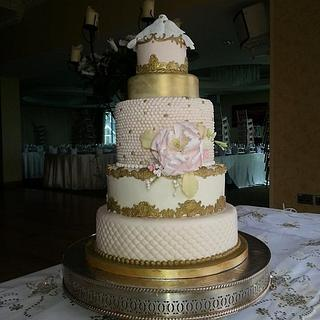 Pink and Gold Wedding Cake with Lovebirds