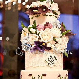 Garden Wedding Cake - Cake by Cristi