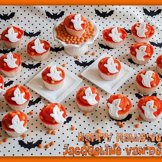 spooky cup cakes for the little ones