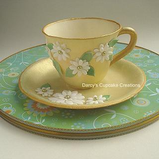Daisy teacup and saucer