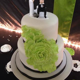Apple Green cascading rose wedding cake