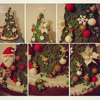 Christmas Tree Cake!