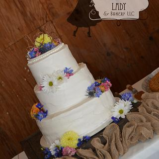 Shabby chic with wild flowers
