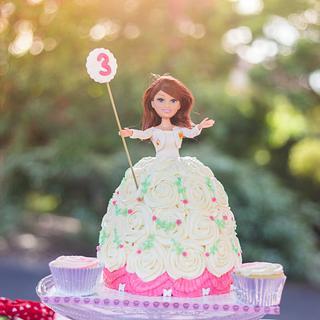 Dolly Cake