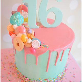 Sweet 16.... literally  - Cake by Dollybird Bakes